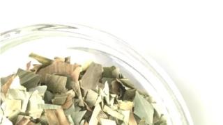 クマザサ茶葉画像