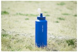 水筒の画像