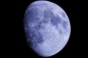 十日月画像
